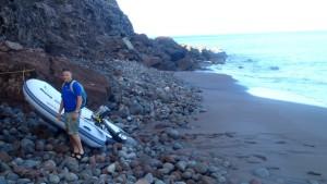 Nya jollen uppdragen på stranden
