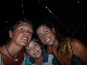 En glad trio